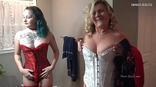 MILF in sexy lingerie gets her wet pussy licked