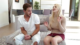 Fit bolder older Alix Lynx gives him a blowjob before having sex