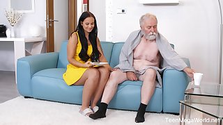 Incomparable sitter Jennifer Mendez gets advertise with a sick senior
